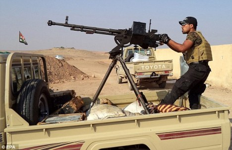 Iraqi Shiite militia have joined with regular Iraqi forces around Tikrit, northern Iraq to fight against ISIS